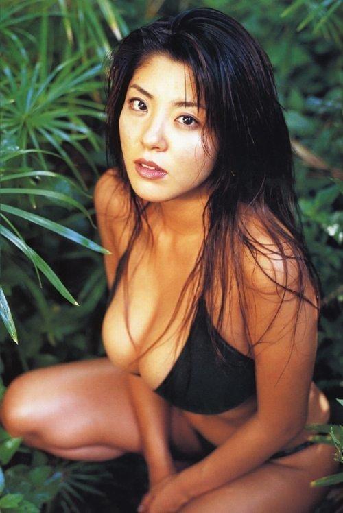 Фото девушек азиаток в купальнике