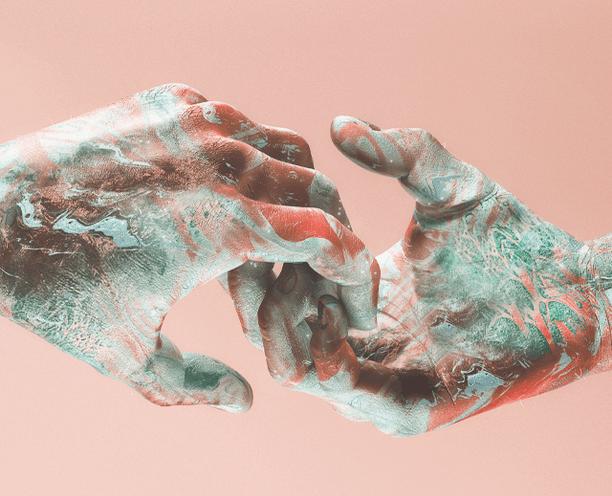 Всё больше людей переходит на «воздушное рукопожатие», чтобы не заразиться коронавирусом