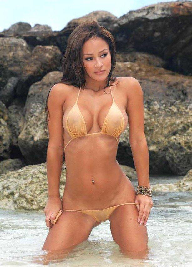 Bikini brittany gallery photo spear