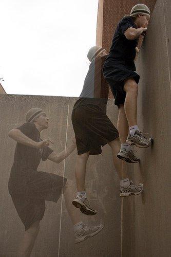 как залезть на стену, паркур для начинающих, фото Вол ран