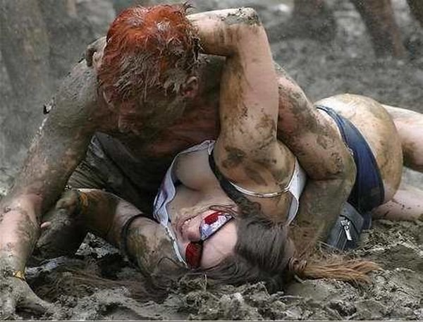 women fight0842181200