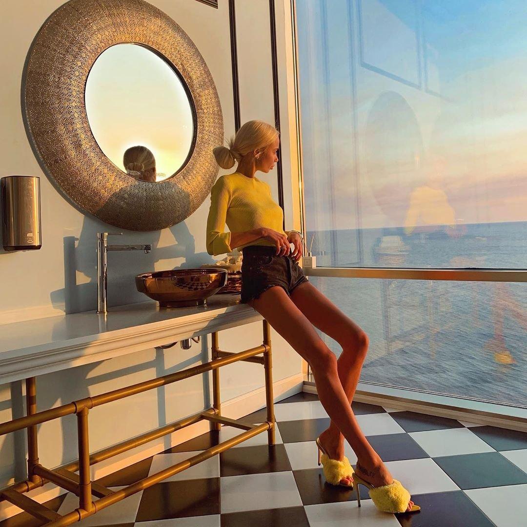 Кристина Журавлева фото на закате