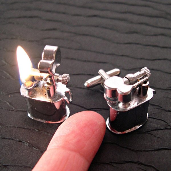 lighter-cuff1135242336