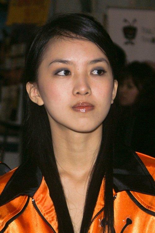 Девушки-модели азиатской внешности, фото