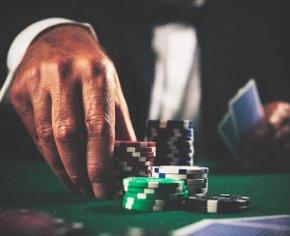 Покер с реальными людьми по веб-камере: обзор приложения WebCam Poker Club